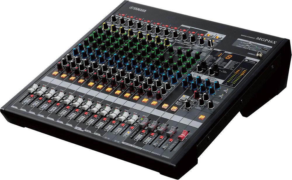 Mixer analog Yamaha MGP16X